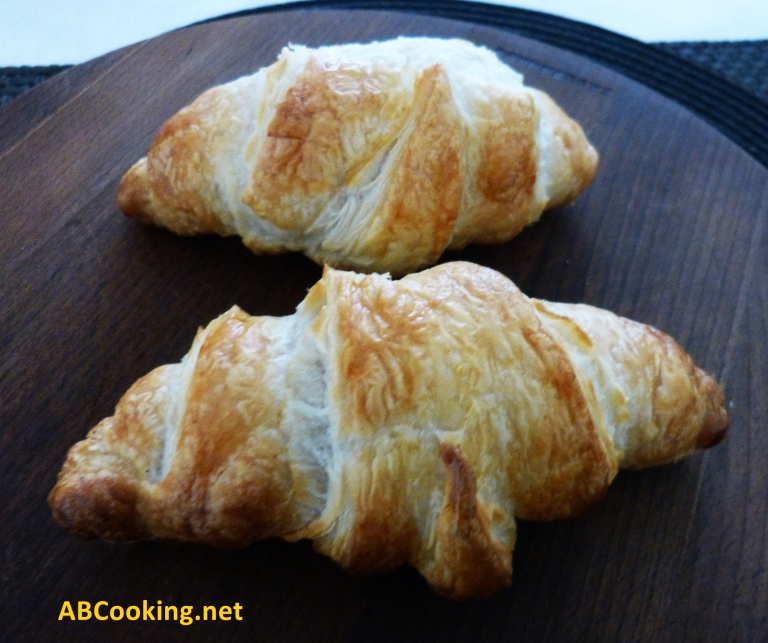 Homemade croissant - ready in 15 minutes